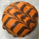 【食レポ】ハロウィンドーナツ オレンジチョコともちふわリングパンプキンを食べた感想を会話してみた