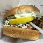 【食レポ】モス 釧路ザンタレバーガーと中津からあげバーガーを食べた感想を会話してみた