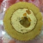 【食レポ】ローソンのプレミアム青森県産りんごとキャラメルのロールケーキの感想を会話してみた