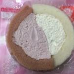 【食レポ】ローソンのプレミアム紅白ロールケーキの感想を会話してみた